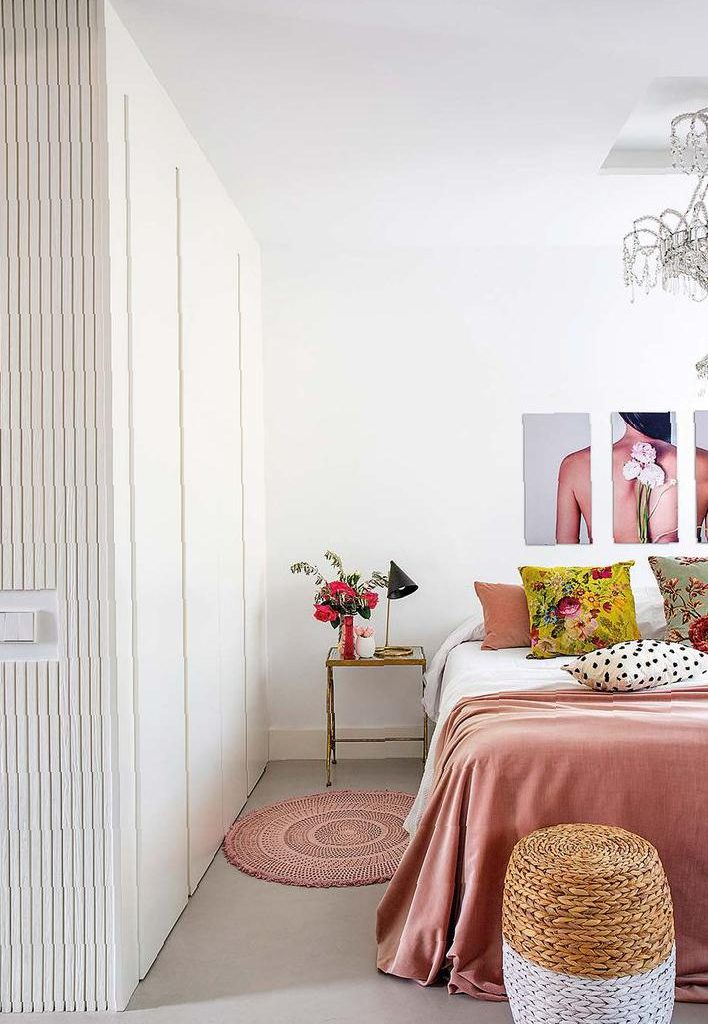 The gentle and romantic pink makes home life vibrant